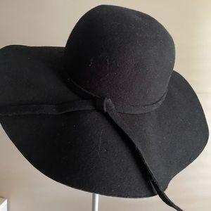 Floppy Hat- Black